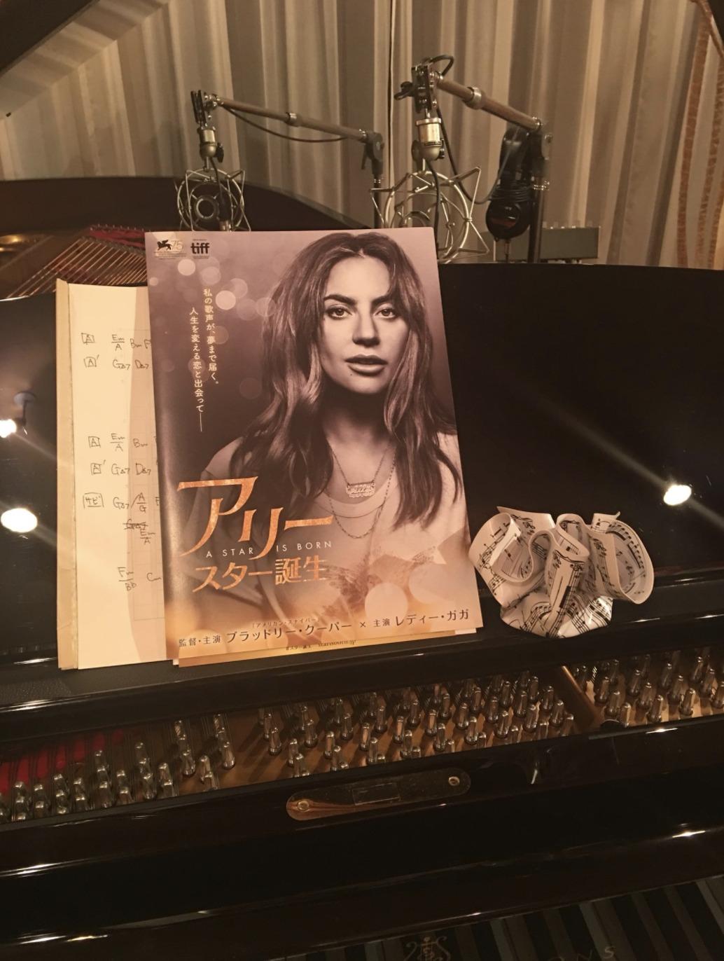 ピアノ部屋の画像