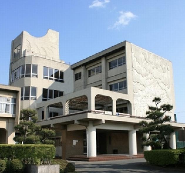 神奈川県立藤沢清流高校の画像
