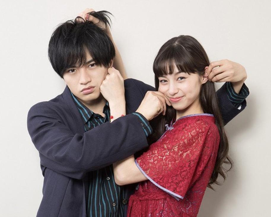中条あやみさんと中島健人さんの画像
