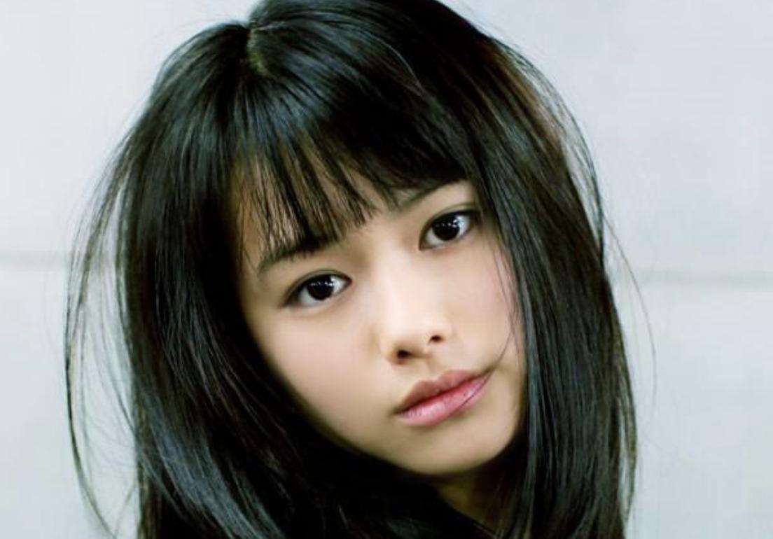 山本舞香さんの画像