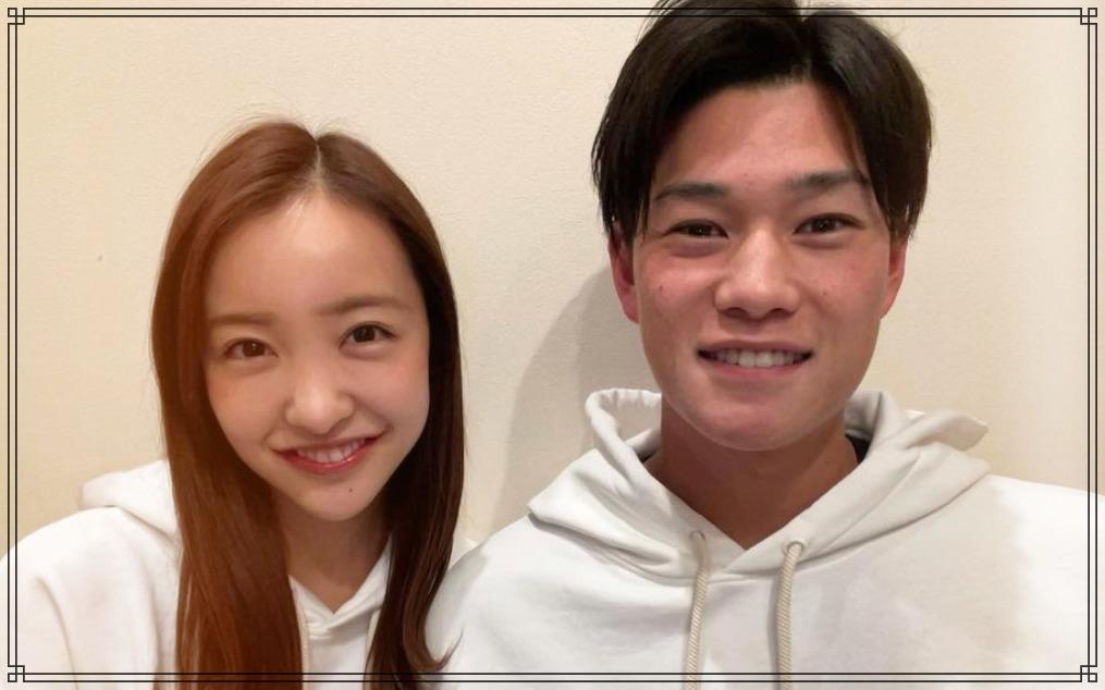 板野友美さんと高橋奎二さんの画像