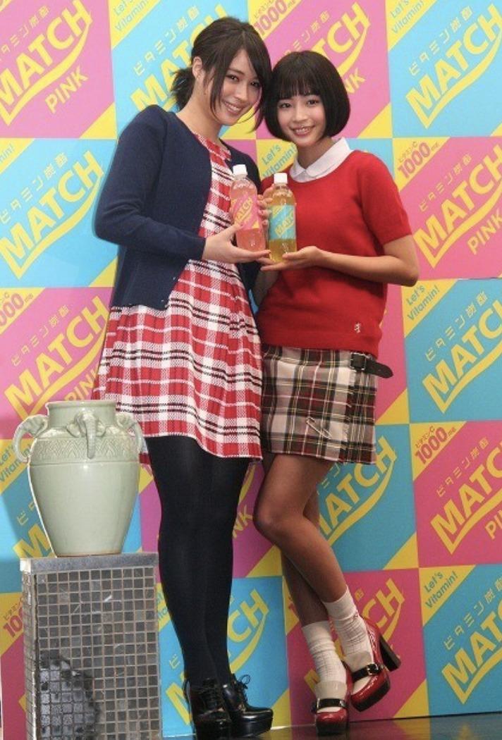 広瀬アリスさんと広瀬すずさんの画像
